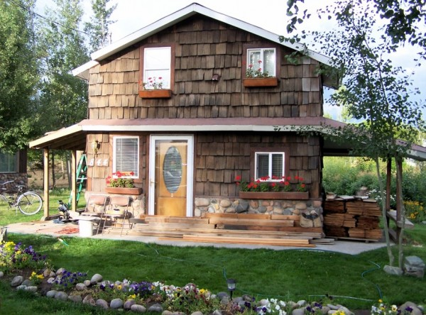 Blog love tiny house blog a week from thursday for Tiny house blog
